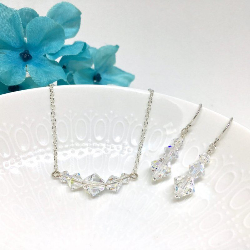 Diamond Shape Crystal Prom Choker
