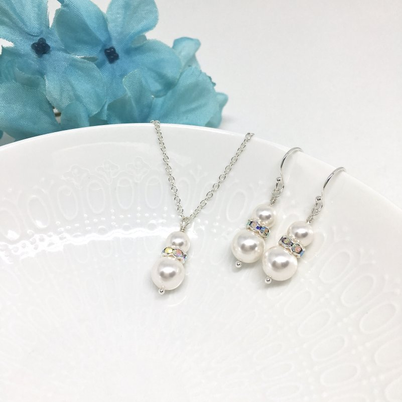 Two Pearl Pendant Bridesmaid Necklace Set