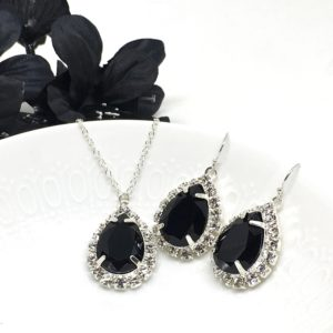 Black Pear Halo Prom Necklace