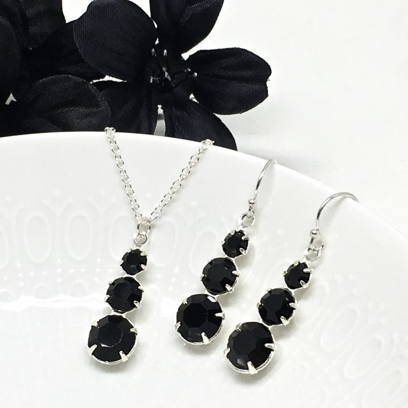 Black Jewelry Set 3 stone necklace and earrings