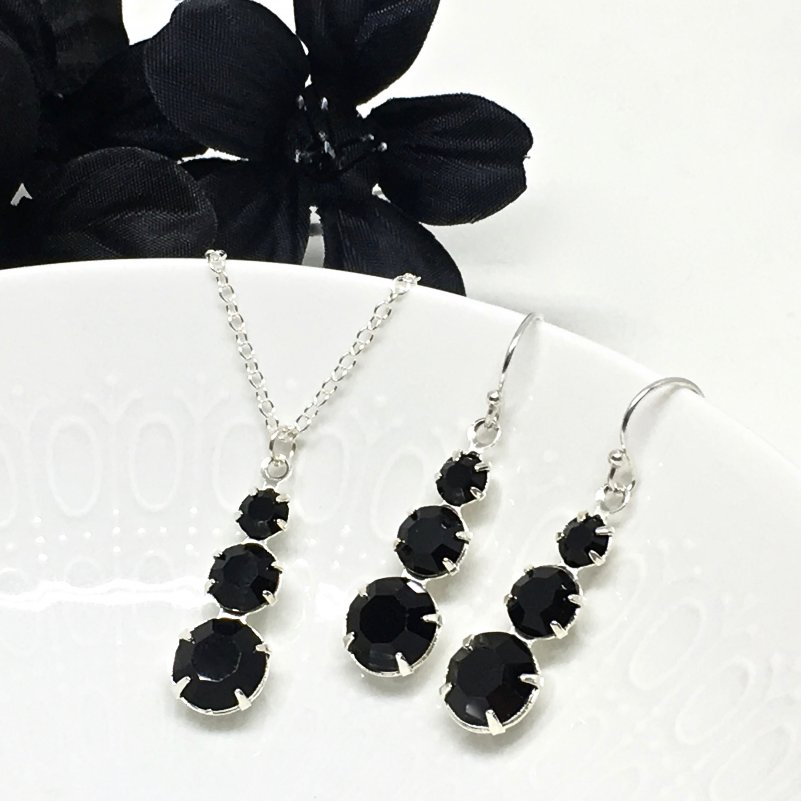 Black 3 Stone Pendant Necklace Three stone Necklace Set Prom Jewelry Black Crystal Necklace