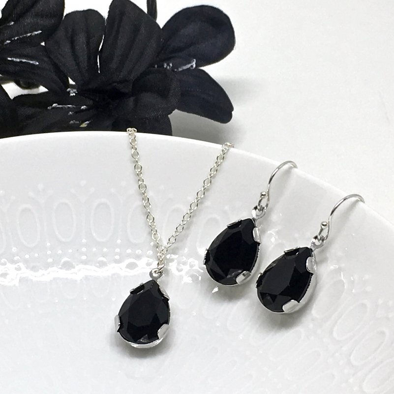Black Pear Shaped Necklace and Earring Set Prom Jewelry