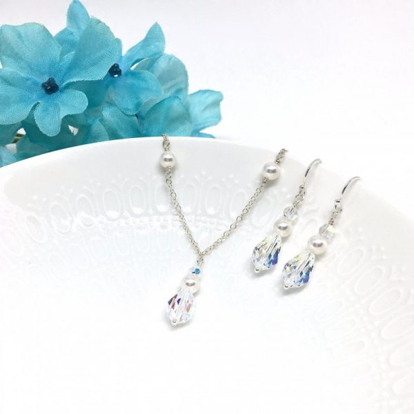 crystal and pearl bridal jewelry